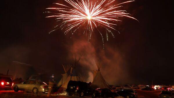 La tribu Sioux de Standing Rock celebra la decisión del Cuerpo de Ingenieros del Ejército - Sputnik Mundo