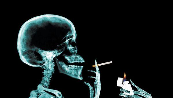Hábito de fumar - Sputnik Mundo