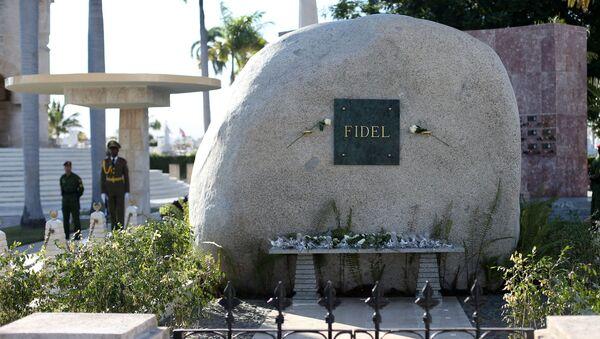 La tumba de Fidel Castro (archivo) - Sputnik Mundo