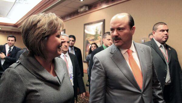 New Mexico Gov. Susana Martinez, left, and Gov. Cesar Duarte Jaquez  - Sputnik Mundo