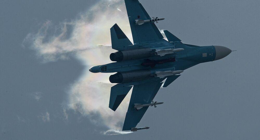 Su-34 (imagen referencial)