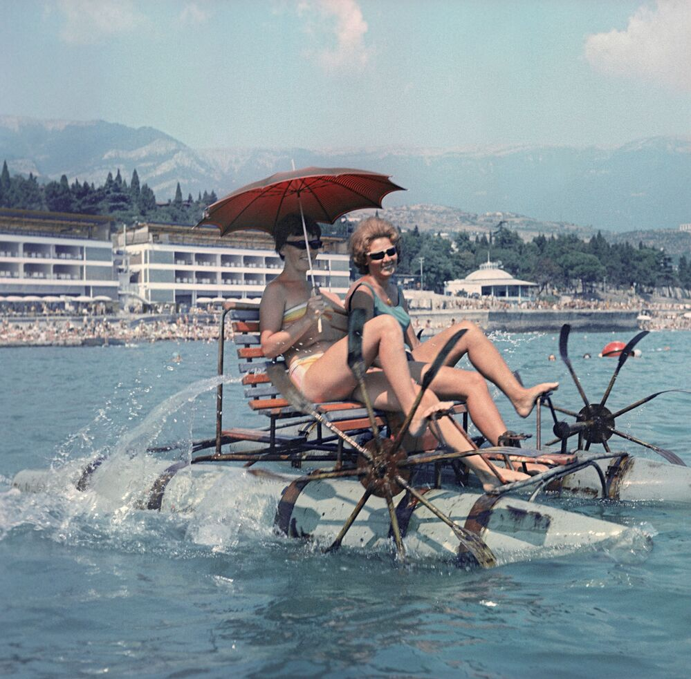 La ciudad de Yalta. La costa del mar Negro de la península de Crimea, 1965