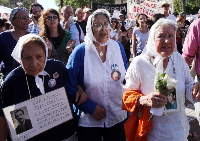Madres de Plaza de Mayo en Buenos Aires