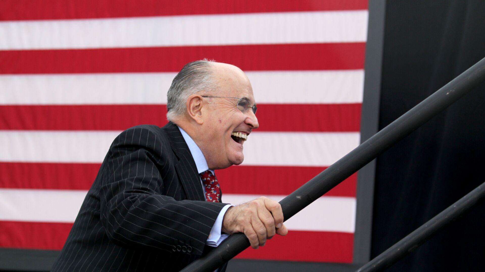 Rudolph Giuliani, el exalcalde de la ciudad y abogado del expresidente Donald Trump (2017-2021) - Sputnik Mundo, 1920, 28.04.2021