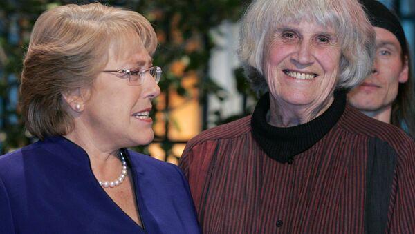 Michelle Bachelet y Joan Turner - Sputnik Mundo