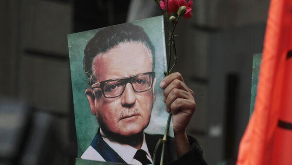 El expresidente chileno Salvador Allende - Sputnik Mundo
