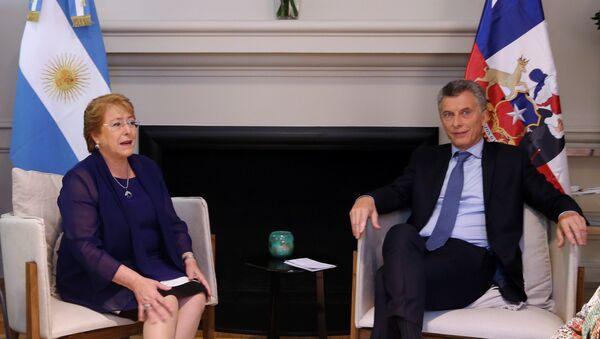 Presidenta de Chile, Michelle Bachelet, y su homólogo argentino, Mauricio Macri - Sputnik Mundo