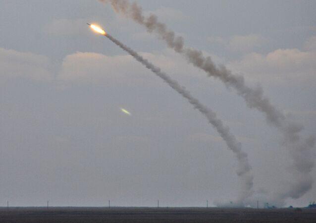 Misiles ucranianos durante ejercicios en Jersón (archivo)