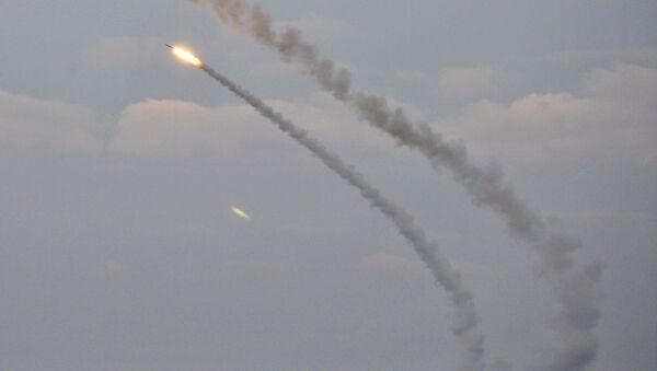 Misiles ucranianos durante ejercicios en Jersón(archivo) - Sputnik Mundo