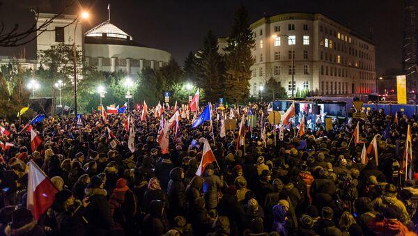 Manifestaciones en Varsovia - Sputnik Mundo
