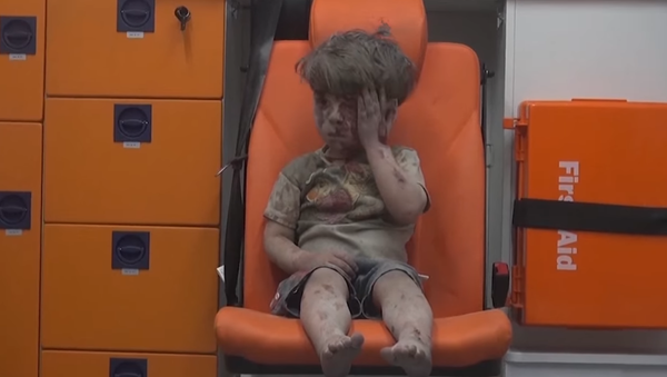 Vídeo: los acontecimientos que marcaron el año 2016, resumidos en 2 minutos - Sputnik Mundo