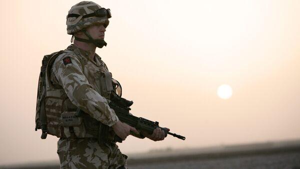 Soldado británico - Sputnik Mundo