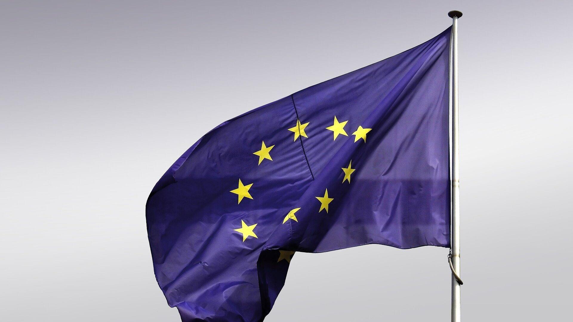 La bandera de la UE - Sputnik Mundo, 1920, 22.02.2021