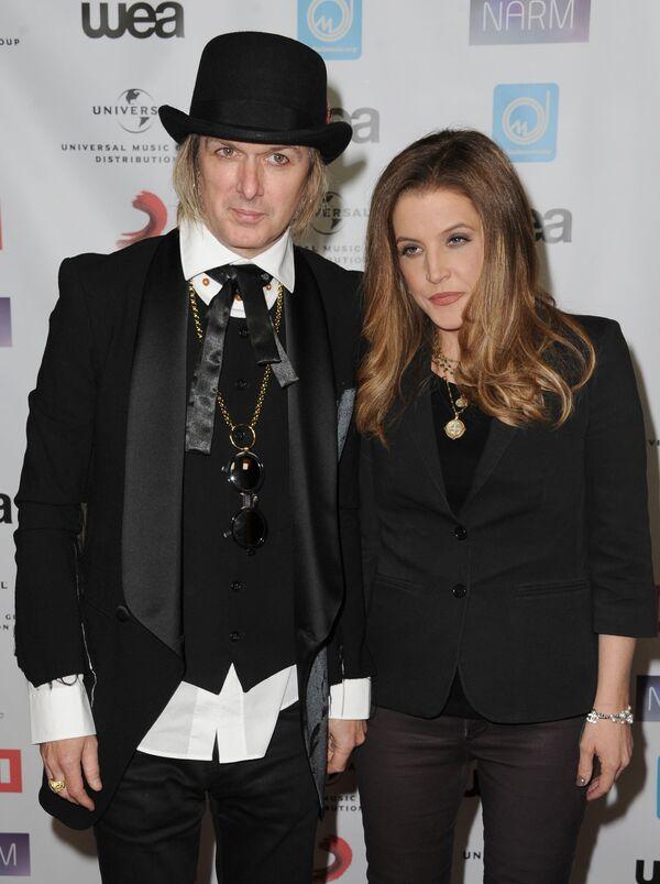 Los divorcios más sonados de Hollywood en 2016 - Sputnik Mundo