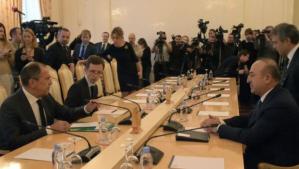 Встреча глав МИД России, Ирана и Турции - Sputnik Mundo