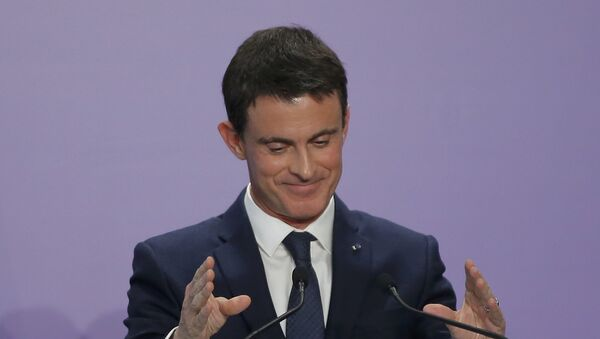 Manuel Valls, ex primer ministro francés - Sputnik Mundo