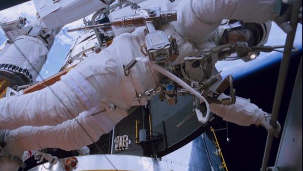 La mano de Canadá en la Estación Espacial Internacional - Sputnik Mundo