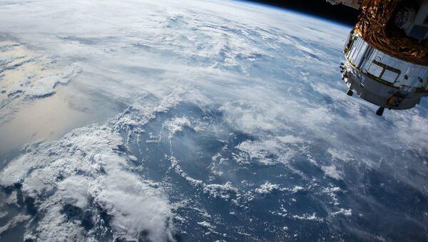 La Tierra vista desde el espacio exterior (archivo) - Sputnik Mundo