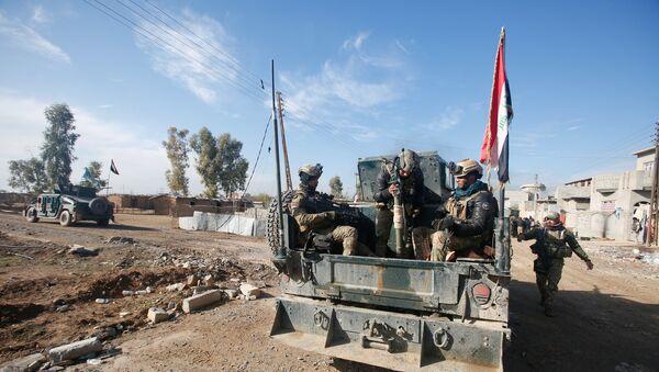 Soldados del Ejército de Irak en Mosul - Sputnik Mundo
