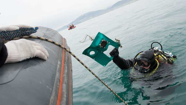 La operación de búsqueda de los fragmentos del Tu-154 ruso siniestrado en el mar Negro - Sputnik Mundo