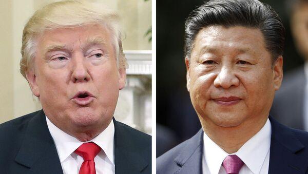 Donald Trump y Xi Jinping - Sputnik Mundo