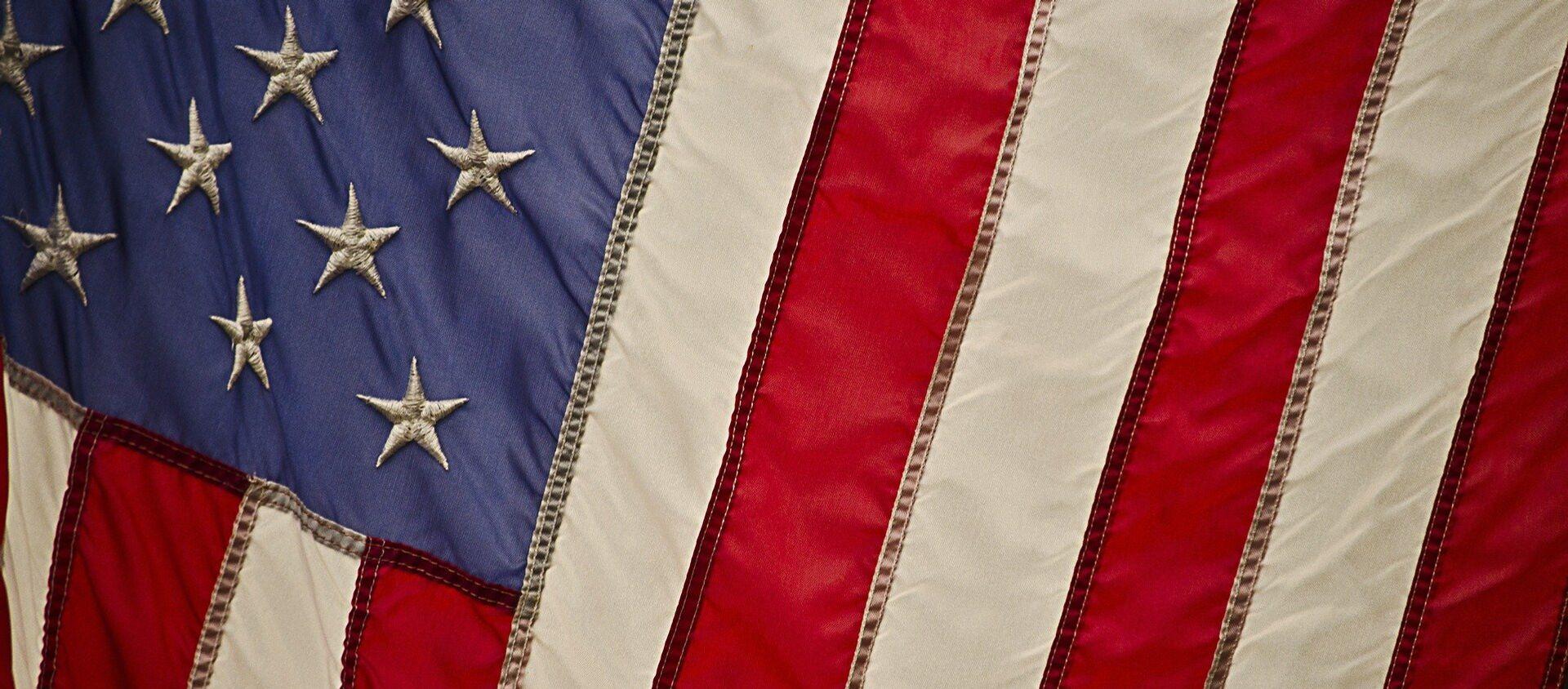 La bandera de EEUU - Sputnik Mundo, 1920, 03.07.2020