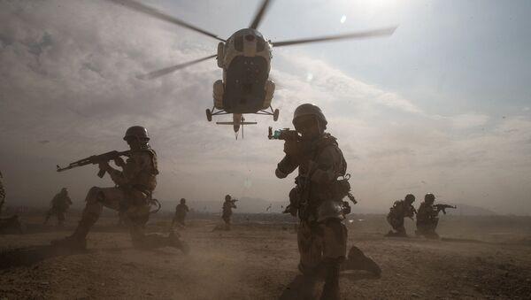 Ejercicios militares en Irán - Sputnik Mundo