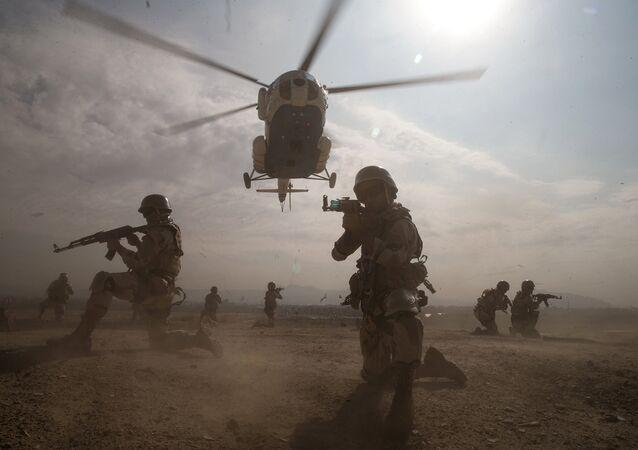 Ejercicios militares en Irán