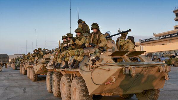 Zapadores y soldados rusos en Alepo, Siria (archivo) - Sputnik Mundo