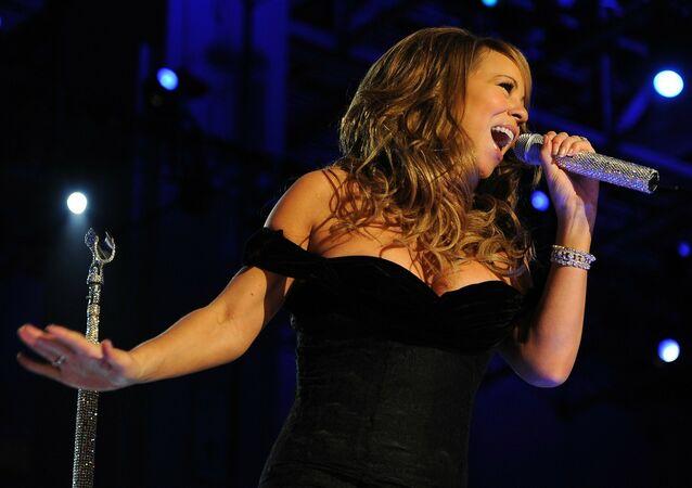 Mariah Carey en una presentación