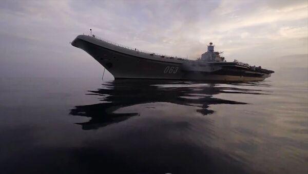 Тяжелый авианесущий крейсер Адмирал Кузнецов в Средиземном море у берегов Сирии - Sputnik Mundo