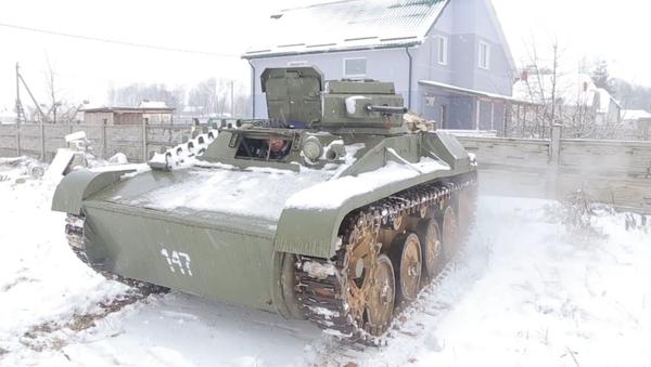 Réplica del tanque T-60 - Sputnik Mundo