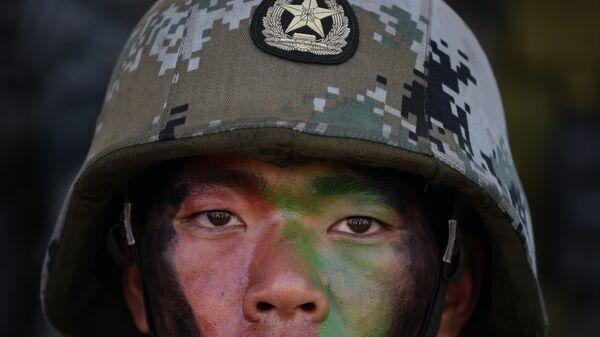 Soldado del Ejército de China - Sputnik Mundo