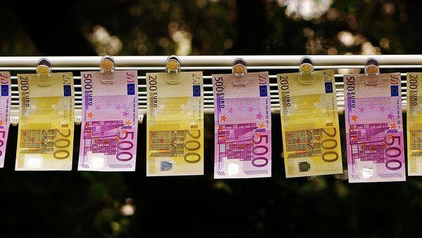 Billetes de euro (imagen referencial) - Sputnik Mundo
