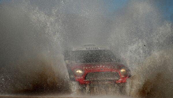 Los organizadores del rally Dakar 2017 se vieron obligados a rediseñar el trazado de la carrera y suspender la etapa 9. - Sputnik Mundo