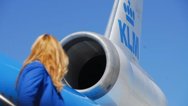 El motor del avión de la aerolínea KLM - Sputnik Mundo