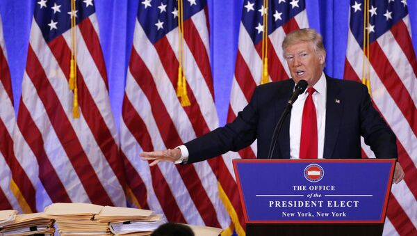 U.S. President-elect Donald Trump speaks during a news conference - Sputnik Mundo