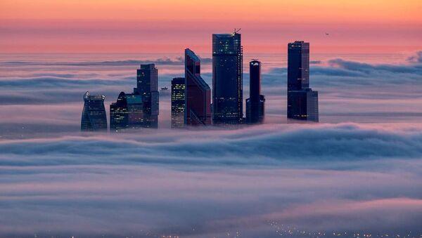 Moscú bajo de las nubes - Sputnik Mundo
