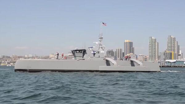 DARPA's Sea Hunter Submarine-Hunting Drone Warship ACTUV - Sputnik Mundo
