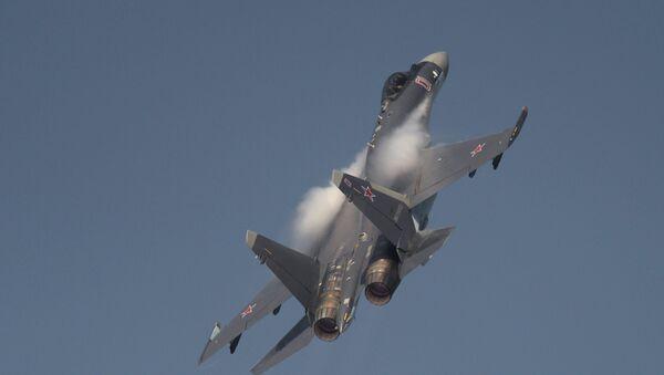 Caza ruso Su-35 - Sputnik Mundo
