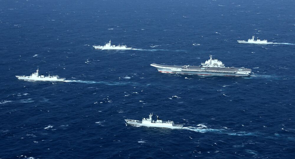 Buques chinos en el mar de China Meridional