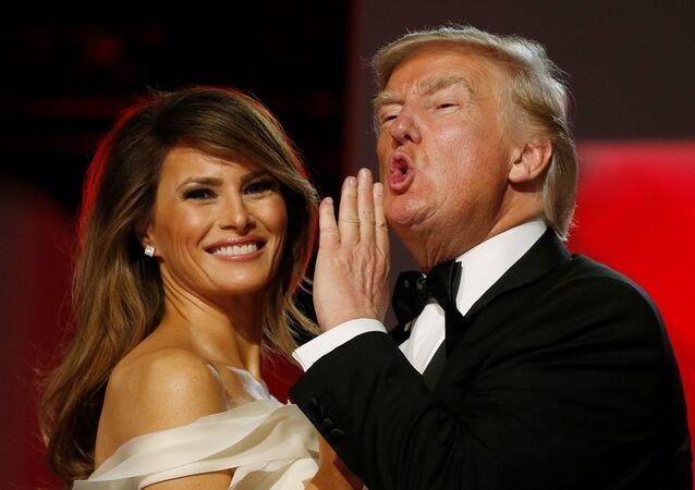 Donald Trump, nuevo presidente de EEUU, y su esposa, Melania (archivo)