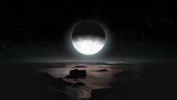 Pluto By Moonlight - Sputnik Mundo