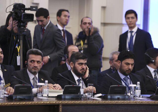 Representantes de la oposición siria en las consultas en Astaná