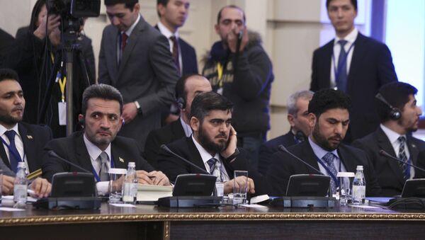Mohammad Alloush, jefe de la delegación de la oposición siria en Astaná - Sputnik Mundo