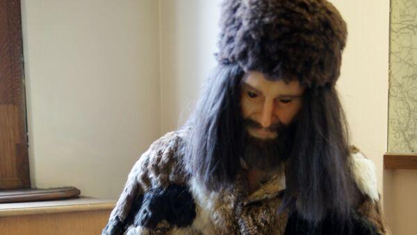 Replicas of the clothes worn by Ötzi - Sputnik Mundo