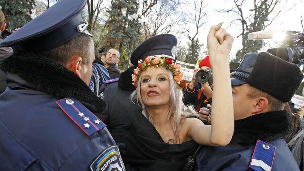 Una protesta de Femen en Ucrania (archivo) - Sputnik Mundo
