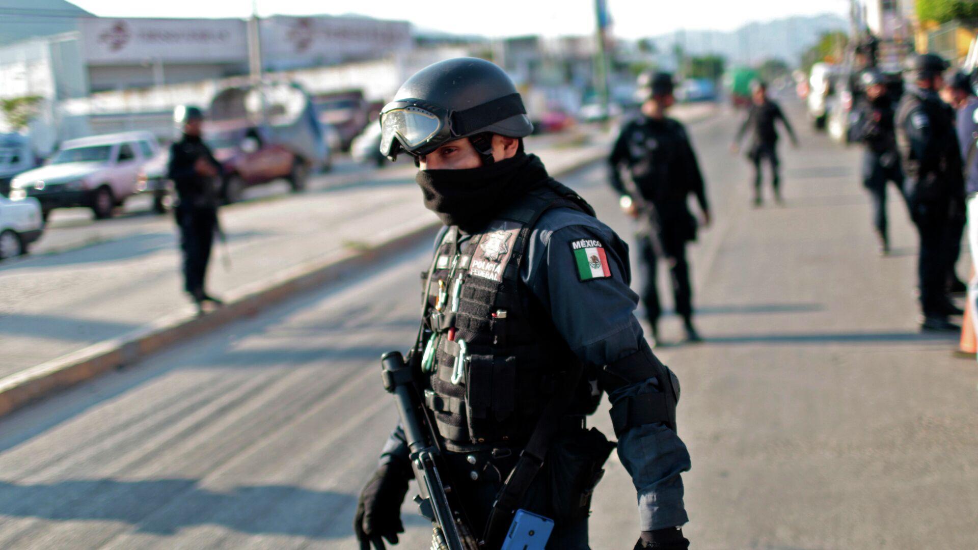 Un policía mexicano - Sputnik Mundo, 1920, 26.05.2021