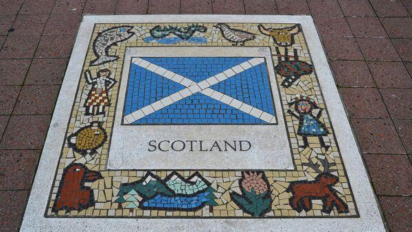 La bandera de Escocia - Sputnik Mundo