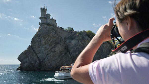 Turistas en Crimea - Sputnik Mundo